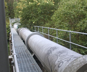 Elevated pipeline structures – including municipal and industrial aqueducts and slurry and liquid pipelines - can benefit from cost-efficient Herculon type D sliding bearings in capacities up to 60 tons per bearing
