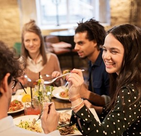 Aussies eating out of home more often