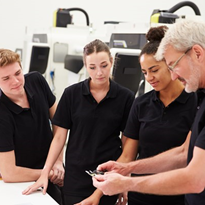 Apprenticeship numbers continue to fall, system in crisis