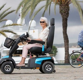 TOP FIVE LARGE MOBILITY SCOOTERS