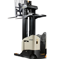 Single Reach Electric Truck Narrow-Aisle | Crown RR 5700 Series