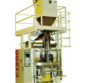 A VFFS machine for large bags on display at AUSPACK