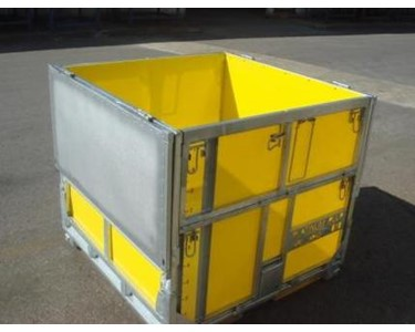 MultiBox Folding Cube IBC - Split lids means no pieces to lose