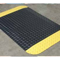 Foam Laminate Anti-Fatigue Mats - Diamond Plate