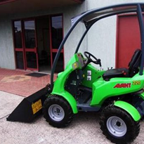 Used Articulated Mini Loader - Avant 220