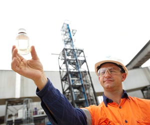 PCC technology is able to capture more than 85 per cent of carbon dioxide from power station flue gases. Courtesy CSIRO.