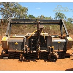 Hydraulic Mulchers | 2004 UMHS250