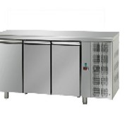 Under Bench Freezers | 3 Solid Door MID Range