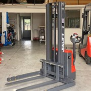 1T Fully Electric Walkie Stacker/Pallet Stacker Straddle Leg 3500mm