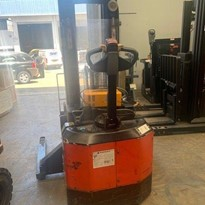 Walk Behind Forklift Stacker