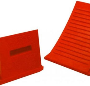 Wheel Chock for Small to Medium Trucks 10 to 15 Tonne