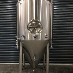3500L Insulated & Jacketed Stainless Steel Tank | Fermenter 30bbl