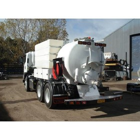Vacuum Trucks I Portable Toilet Tanks and Tankers