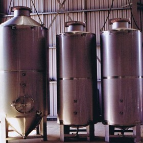Free Standing Storage Tanks