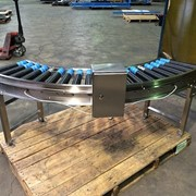 Maintaining noisy and unreliable roller conveyor curves