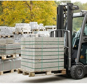 Counterbalanced Forklifts | Crown SC 6000