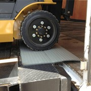 Heeve Manual Loading Dock Edge Leveller