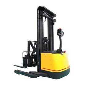 Pantograph Reach Stacker