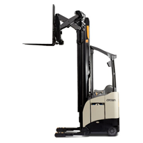 Single Lift Reach Trucks | Crown RM 6000 Series
