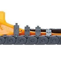 Energy chains for confined installation spaces