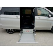 F6 Wheelchair Lift