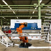 Yawei CNC Robotic Pressbrake Cells with KUKA Robots