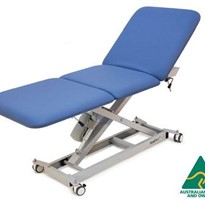 LynX Universal GP Electric Exam Couch w/Castors