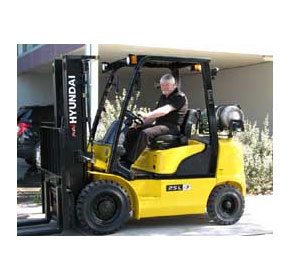 Hyundai forklifts attract experienced service specialist