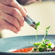 How to attract and retain food and hospitality super stars