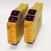 Safety Relays for Gates, Stops and Switches