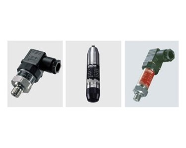 Process Thread and Submersible Transmitters