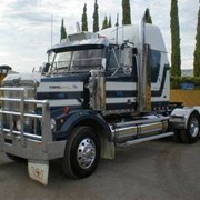 Trucks - Western Star 4864FX Constellation
