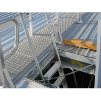 AM-BOSS Roof Access: Hatch & Ladder