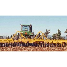 6 - 4 Series Triple-Flex Tandem Disc Plough
