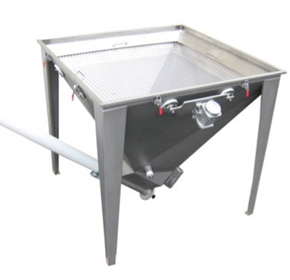 Vibratory Hopper Screens