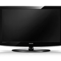 "32"" High Definition LCD TV"