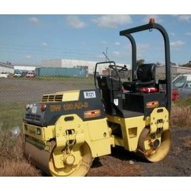 Used bomag 2.7t twin drum vibrating roller