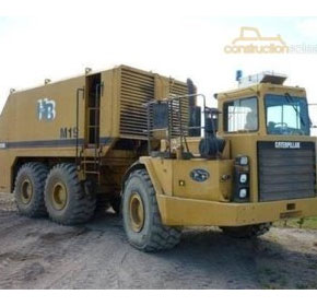 Service Trucks - 1995 Caterpillar D350D