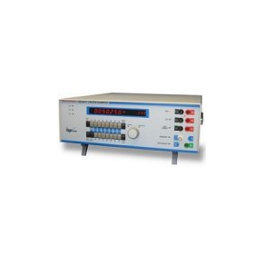 5025 15ppm Programmable Multi Function Calibrator
