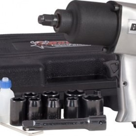 "Boss Compressors W135K | 1/2"" Impact Wrench Kit"