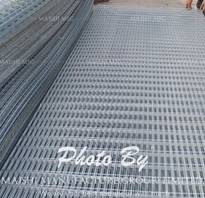 Stainless Steel 304/316 Grade Welded Wire Mesh Rolls and Panels