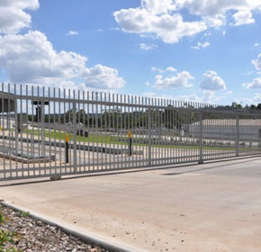 Gates and Fences for Commercial and Industrial Applications