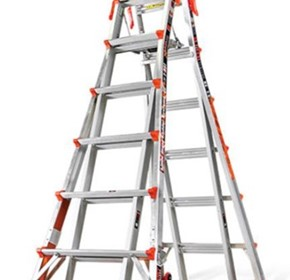 Telescopic Ladders | LITTLE GIANT XTREME WITH RATCHET LEVELLERS