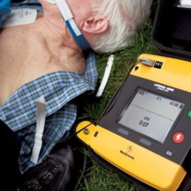 AED Defibrillator with ECG display | LifePak 1000